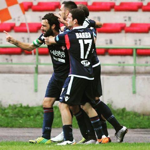 Piacenza celebrating goal chesquadra chegruppo biancorossi CPiace iotifoPiace