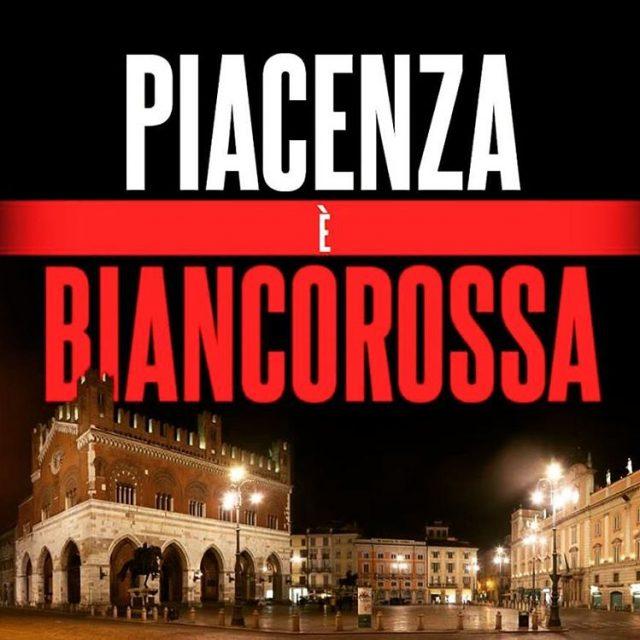Piacenza  biancorossa! PiazzaCavalli CPiace iotifoPiace igerspiacenza instagood