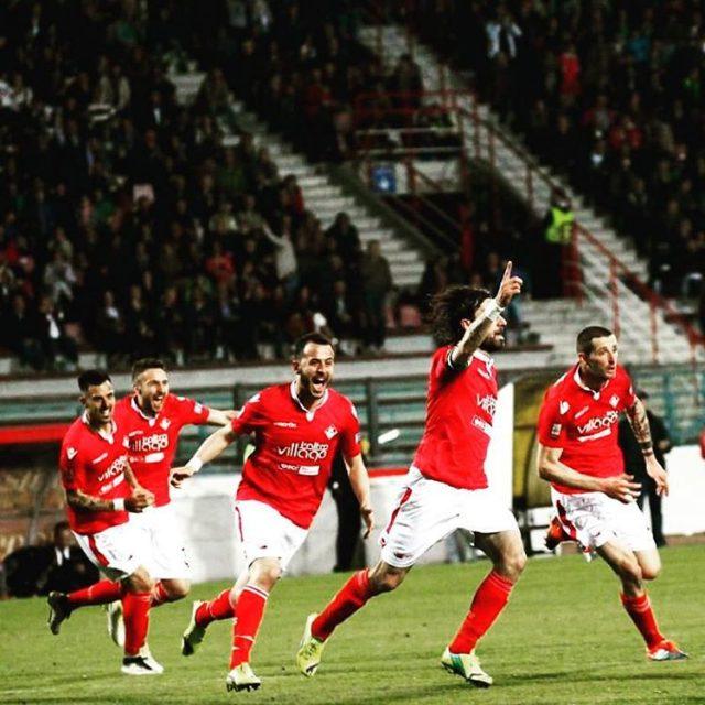 Celebrating goal Piacenza biancorossi instapic picoftheday we love football CPiacehellip