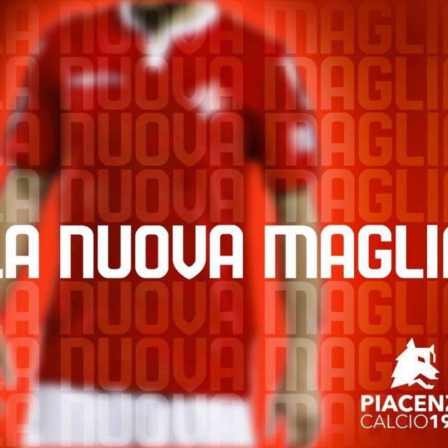 Venerd 21 luglio in PiazzaCavalli la presentazione della maglia ufficialehellip